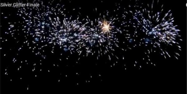 Feuerwerk Silver glitterMega Finale von Pyrotrade online kaufen im Feuerwerkshop Funkelfun
